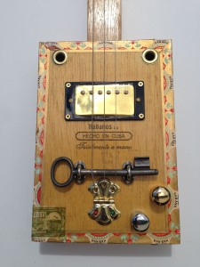 'Crawlin' King Snake' 3 string slide cigar box guitar